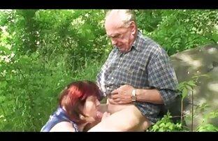 סבתא וסבא מזדיינים. פורנו איכותי חינם